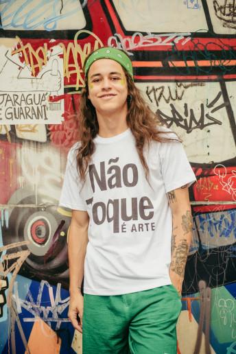 Camiseta Korova Não Toque (É Arte)