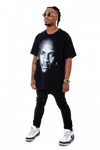 Camiseta (regular) Korova Faces Michael Jordan