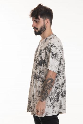 Camiseta Korova Sponge Wash Preto / Branco