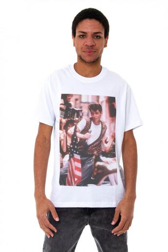 Camiseta Korova Movieshots Curtindo a Vida Branca