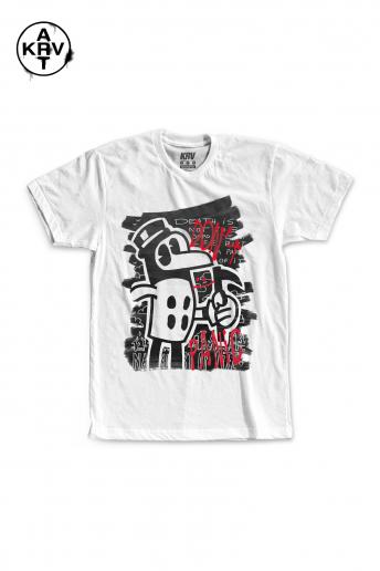 Camiseta Korova x Lucas Coelho DON´T PANIC