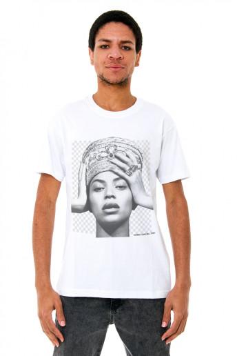 Camiseta Korova PNG Beyonce Branca