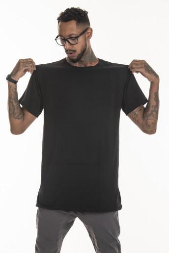 Camiseta Long Tee Korova Básica Preta