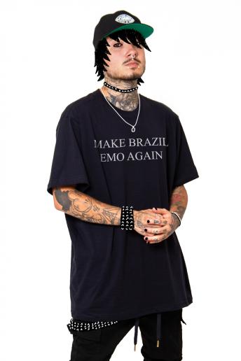 Camiseta Korova Make Brazil Emo Again Preta