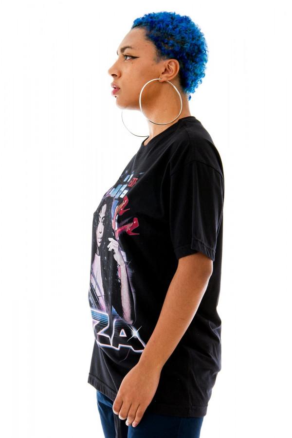 Camiseta Slim T-shirt Korova SZA 90s Preta